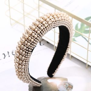 HACH206 Chunky embellished pearls