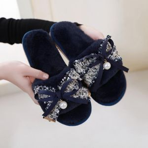 7023 Tweed with bow details in Navy