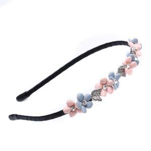 HA18 Delicate flower hair band in baby Pink Silver