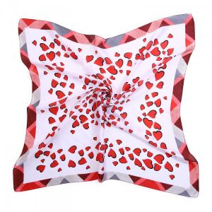 F660 Red hearts print in White