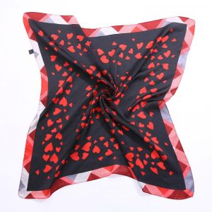 F660 Red hearts print in Black
