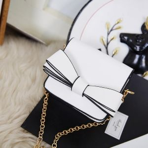 870 Mini Coin Purse with bow detail in White