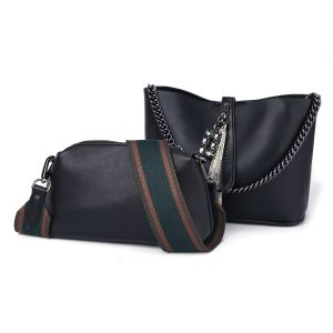 6872 Black leather