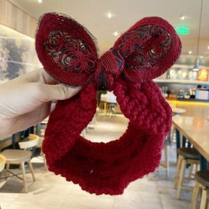 HACH602 Knitted wool with bow detail Burgundy